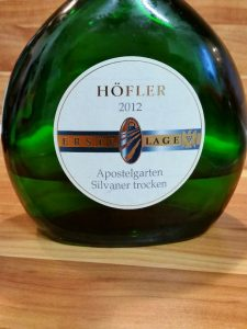 Höfler, Franken - Michelbacher Apostelgarten Silvaner trocken 2012