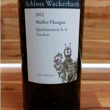 Sächsisches Staatsweingut Schloß Wackerbarth, Sachsen – Müller-Thurgau trocken 2012