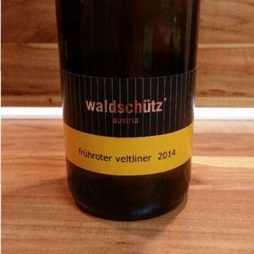 Waldschütz, Kamptal, Österreich – Frühroter Veltliner trocken 2014